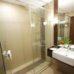 Grand Deluxe Bathroom The Legend