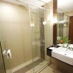 Grand Deluxe Bathroom The Legend