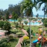 Surroundings De Rhu Beach Resort