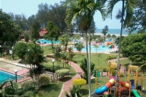 Surroundings De Rhu Beach Resort