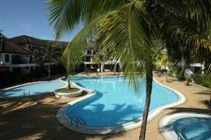 Swimming-pool Residence Inn
